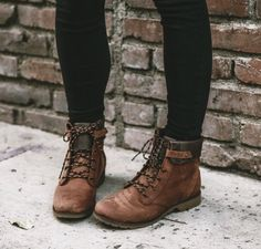 Fall style with teva fall fashion boots, fall boots, fashion shoes, fas Sock Shoes, Cute Shoes, Me Too Shoes, Shoe Boots, Lace Up Ankle Boots, Flat Boots, Pretty Shoes, Rain Boots, Waterproof Boots
