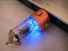 Retro | SlavaTech Vakuumröhren-USB-Drives wieder lieferbar | TechFieber | Smart Tech News. Hot Gadgets.