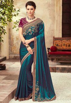 Wedding Saree Blouse Designs, Saree Wedding, Wedding Dresses, Bengali Wedding, Telugu Wedding, Gold Wedding, Indian Designer Sarees, Designer Sarees Online, Manish Malhotra Saree