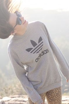 Addidas sweater