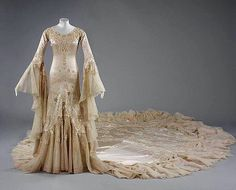 "Wedding dress, by Norman Hartnell, ca 1933 ❣Post 1 of 3❣  From the Victoria and Albert Museum: ""Worn by Margaret Whigham, later the Duchess of Argyll, for her marriage to Mr Charles Sweeny in the Brompton Oratory, 21 February 1933. The dress took a team of 30 seamstresses six weeks to make, and the bride thought it shockingly expensive at £52."""