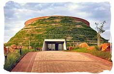 MAROPENG - in the Cradle of Humankind, a World Heritage Site. South Africa Tours, West Africa, South Afrika, Interactive Museum, Native Country, Living In Europe, Africa Travel, World Heritage Sites, Monument Valley