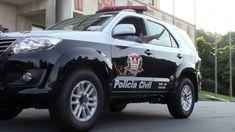 Governador Geraldo Alckmin autoriza nomeação de policiais civis - O governador Geraldo Alckmin anunciou na tarde desta sexta-feira (4), durante encontro com Mágino Alves Barbosa Filho, secretário da Segurança Pública, a nomeação de 835 novos policias. No total, serão 722 cargos para policiais e 113 para técnicos e oficiais administrativos.  Para a Polícia Civil - http://acontecebotucatu.com.br/policia/governador-geraldo-alckmin-autoriza-nomeacao-de-policiais-civi