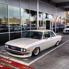 This classic Audi on air would be sick with an ITB VR6 or i5