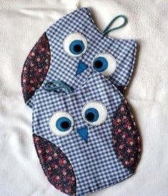 Owl Pot Holders Tutorial Free Pattern Included Video Tutorial - Patchwork - Welcome Crafts Sewing Patterns Free, Sewing Tutorials, Free Pattern, Sewing Ideas, Owl Patterns, Pattern Sewing, Pattern Ideas, Quilting Patterns, Hand Quilting