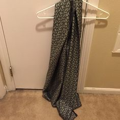 Michael Kors Scarf Black and gray Michael Kors scarf. Like new worn once. Michael Kors Accessories Scarves & Wraps