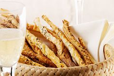 V-Zug recipe for Aperitif Nibbles. Head over to 'Our V-Zug Products' board to see our exciting range! Steam Recipes, Oven Recipes, Wolf Oven, Wolf Appliances, Parmesan, 15 Minute Meals, Easy Entertaining, Easy Bread, Recipe Search