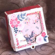 Everything is Rosy Created by Tracie St-Louis 2019 On Stage Quebec Mini Pizza Box - the box contains 4 - 3 x 3 cards Flower Cards, Homemade Cards, Everything, Stampin Up, Daisy, Projects To Try, Decorative Boxes, Card Making, Bloom