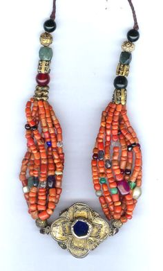 verse side of coral necklace   private collection Linda Pastorino