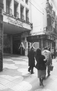 Cine Imperial Madrid, Spain, Street View, Seville Spain, Theatres, Antique Photos, Cities, Movies, Tents