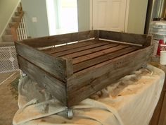furniture ideas = Dog Pallet bed.   I'd rather use it as a coffee table or outdoor accent table.