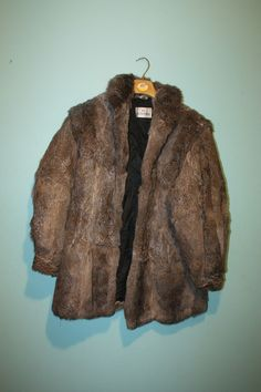 WHOLESALE JOBLOT MIX MEN AND WOMEN Genuine Vintage Fur Coat