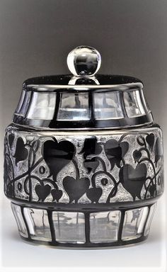 Loetz Glass Double-Tipped Heart Box Designed by Hans Bolek and an Ausführung Genre 119 Vase Circa 1915. Ht. 4 in. (largest, vase) Bohemia Glass, Jar, Home Decor, Decoration Home, Room Decor, Home Interior Design, Jars, Glass, Home Decoration