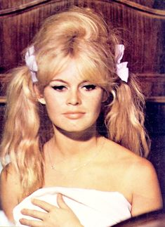 Brigitte Bardot on the set of Vie Privée Bridgitte Bardot, Blond, Yvonne De Carlo, Only Play, Famous Stars, French Actress, 1960s Fashion, Women's Fashion, Sophia Loren