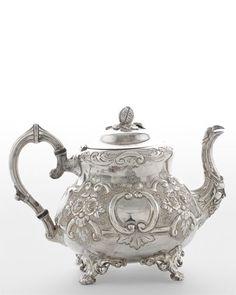 Michael Feinberg Circa 1865 Teapot Lucky me! Vintage Tea, Vintage Silver, Antique Silver, Shabby, Hildesheimer Rose, Silver Tea Set, Teapots And Cups, My Cup Of Tea, Tea Time