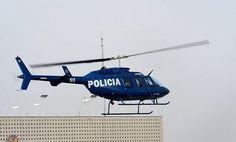 """Meksikada polis helikopteri vuruldu: Ölənlər var http://ucarliyiq.biz/xeberler/24041-meksikada-polis-helikopteri-vuruldu-lnlr-var.html  Meksikanın Miçoakan ştatında polis əməliyyatının gedişatında cinayətkar qrupun üzvləri helikopterə atəş açıblar. Ucarliyiq.biz """"France-Press"""" agentliyinə istinadən xəbər verir ki, bu barədə ştatın qubernatoru Silvano ..."""