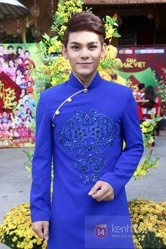showbiz Việt đẹp hút mắt khi diện áo dài 16