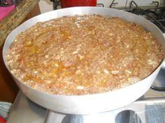 Kibe com creme cheese e castanha de cajú
