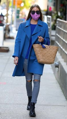 Estilo Olivia Palermo, Olivia Palermo Lookbook, Olivia Palermo Style, Gigi Hadid Outfits, Colourful Outfits, Look Chic, Mode Outfits, Look Fashion, Casual Chic