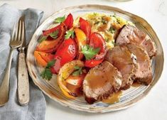 Pan-Roasted Pork Tenderloin and Peppers - Quick and Easy Pork Recipes for Dinner Tonight - Cooking Light Mobile Healthy Pork Tenderloin Recipes, Healthy Pork Recipes, Sirloin Recipes, Healthy Food, Healthy Cooking, Ribs, Roasted Pork Tenderloins, Cooking Light Recipes, Pork Dishes