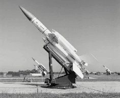 Raf Seletar SAM 65 Sqn Bloodhound-on-launcher Native American History, American Civil War, British History, Women's History, Ancient History, Bloodhound, United States Navy, Military Weapons, Royal Air Force