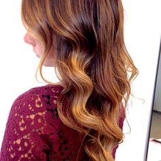 Snapped...in salone!!! Voglia di gradazioni firmate Degradé Joelle #cdj # degradejoelle #dettaglidistile #welovecdj #shooting #beautifulhair #naturalshades #hair #hairstyle #hairstyles #haircolour #haircut #fashion #longhair #style #hairfashion
