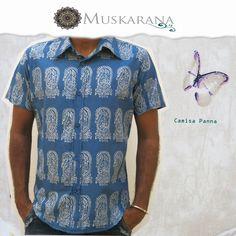 Camisa de hombre en algodón con técnica de estampación artesanal procedente de la IndiaManga corta