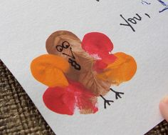 What a wonderful Thanksgiving craft for the kids' table - place cards, or what they are thankful for. Children Crafts, Holiday Crafts For Kids, Craft Projects For Kids, Holiday Activities, Kid Crafts, Thumbprint Crafts, Turkey Art, October Crafts, Fingerprint Art