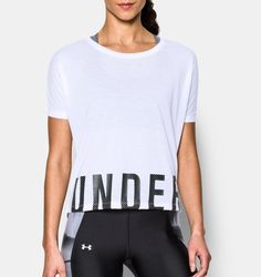 Under Armour Oversized Logo Training Top In White/black Under Armour Outfits, Under Armour T Shirts, Under Armour Shoes, Under Armour Women, Athletic Outfits, Athletic Wear, Sport Outfits, Gym Outfits, Training Tops