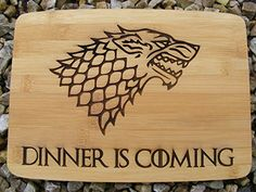 GAME OF THRONES CHOPPING CUTTING CHEESE BOARD PLACE MAT DINNER IS COMING DIRE WOLF WINTER ENGRAVED WOODEN NOVELTY WOOD KITCHEN COOKING BAKING BIRTHDAY PRESENT WEDDING GIFT LASER ENGRAVED by FASTCRAFT UK (28x20 cm)