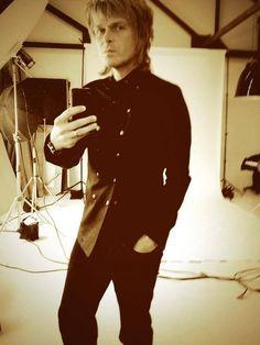 Jeff Burrows Selfie Tea Party, Selfie, Suits, Music, Fashion, Musica, Moda, Musik, La Mode