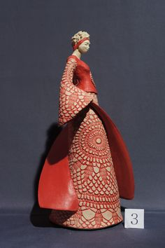Discover recipes, home ideas, style inspiration and other ideas to try. Ceramic Artists, Madame, Art Plastique, Face Art, Oeuvre D'art, Sculpture Art, Art Decor, Art Nouveau, Sunglasses Case
