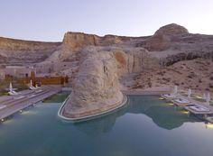 Pour une lune de miel dans le désert: à l'Amangiri Resort dans l'Utah http://www.vogue.fr/mariage/adresses/diaporama/voyages-de-noces-10-destinations-lune-de-miel/17596/image/953876#!les-meilleures-adresses-lune-de-miel-dans-le-desert-a-l-039-amangiri-resort-dans-l-039-utah