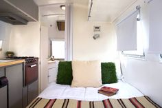 Hofmann Architecture   1965 Airstream Caravel, 17′ – Shelly – SOLD