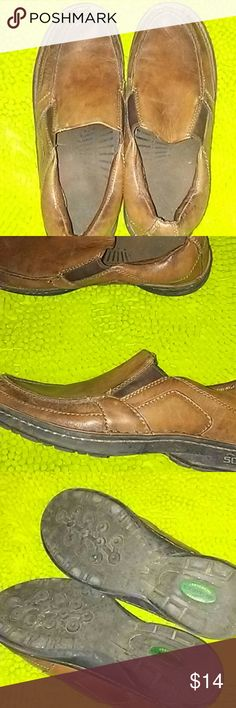 Mens Leather Loafers /sz11 Mens brown leather loafers in good used condition. Streetcars with comfort technology. Nice thick rubber soles/non skid. H8 Streetcars Shoes Loafers & Slip-Ons