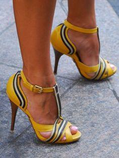 Gorgeous, funky, yellow heels