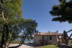 Visit the page of the agriturismo Le Ceregne Bio. Located in Hills, Lake in Pieve Santo Stefano - (Arezzo), offers Room only, Half board, Bed & Breakfast in Flat Bedroom - Pieve Santo Stefano - .