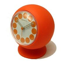 Retro style 3-hands desktop clock - want