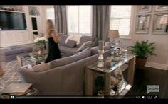 Tamra's living room in Season 12 of RHoOC