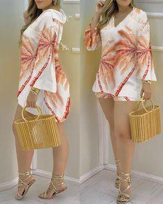 Chic Type, Europe Fashion, Fashion 2020, Shorts E Blusas, Simple Bridesmaid Dresses, Trend Fashion, Womens Fashion Online, V Neck Tops, Girl Outfits