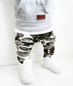camo on boys Baby Boy Fashion, Kids Fashion, Lets Make A Baby, Future Baby, Baby Dress, Boy Outfits, Sweatpants, Couture, Children