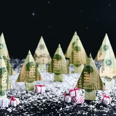Make a Christmas Money Tree from a Dollar Bill