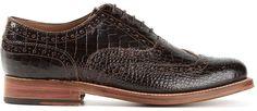 €217, Chaussures brogues en cuir brunes foncées Grenson. De farfetch.com. Cliquez ici pour plus d'informations: https://lookastic.com/men/shop_items/153087/redirect