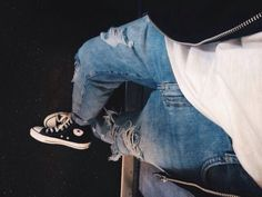 Love some Converse and ripped jeans swag Converse Outfits, Style Converse, Casual Outfits, Fashion Outfits, Fashion Trends, Converse Fashion, Converse Men, Look Man, Moda Casual