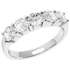 A CLASSIC ROUND BRILLIANT CUT FIVE STONE DIAMOND RING IN 18CT WHITE GOLD