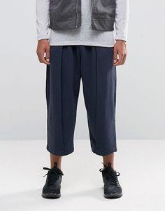 ASOS | ASOS - Pantalon de jogging court à jambe large avec pli sur le devant - Bleu marine