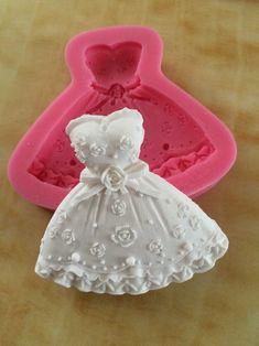 rock-prinzessin-kleid-form-seife-süßigkeiten-form-Schokolade-schimmel-silikon-Fondant-kuchen-dekorieren-werkzeuge-c589.jpg (1000×1334)
