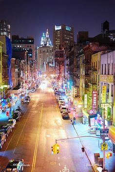 New York City #Manhattan Chinatown at night. I miss New York, a visit must be in order by now!