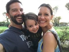 Best morning present swiss time) New Behr family photo Check also the interview Kadee Strickland - Your Zen Mama Jason Behr, Kadee Strickland, Flip Out, Family Photos, Couple Photos, Private Practice, Photo Checks, Celebs, Celebrities