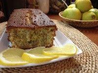 Σιροπιαστό κέικ λεμονιού με παπαρουνόσπορο